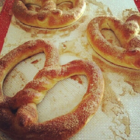 Tuesday Cook Off ~ Auntie Anne's Copy Cat Pretzel Recipe
