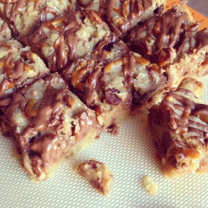 Tuesday Cook Off ~ Pretzel Chocolate Chip Cookie Bars